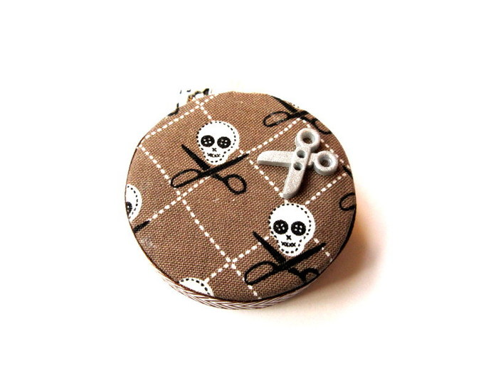 Measuring Tape Skulls and Scissors Retractable Pocket Tape Measure