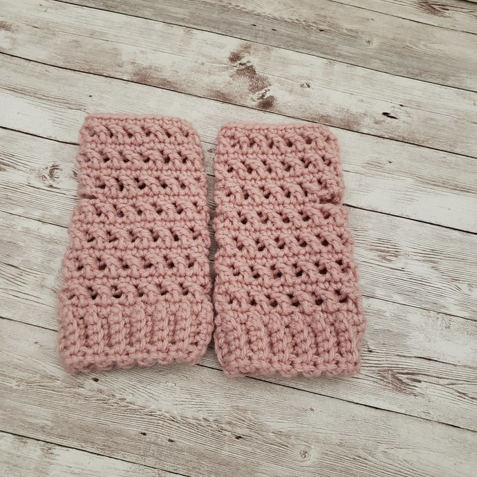 Rose fingerless gloves
