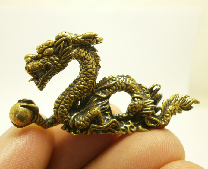 Chinese Dragon grab magic ball mini brass statue doll figurine talisman strong
