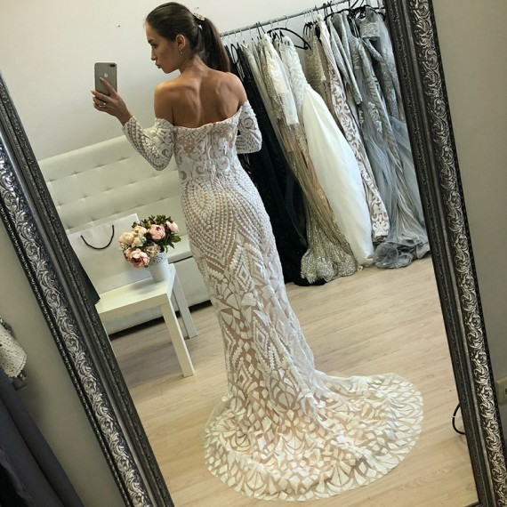 Mermaid Off-the-Shoulder Long Sleeves White Lace Prom Dress 1883