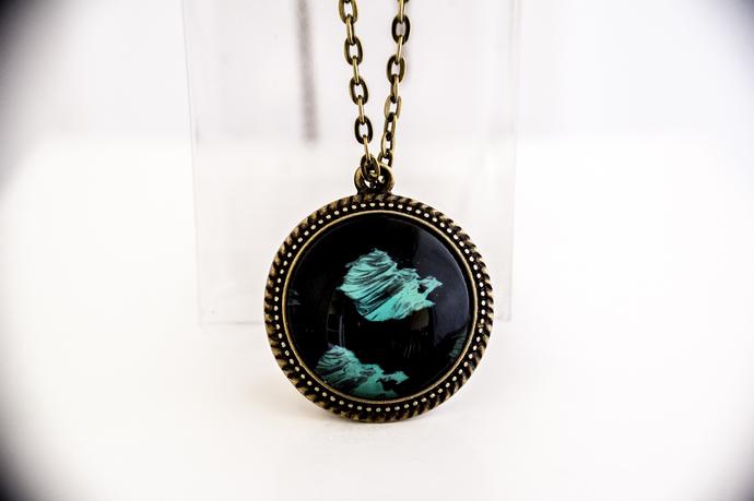 'Black Green' Bronze, Medium, Lacy Pendant