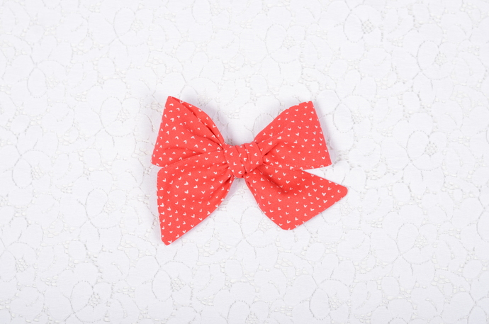 XOXO Collection - Large Lizzy Clip - Sweetheart