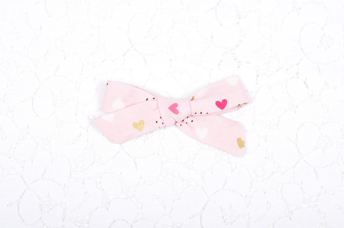 XOXO Collection - Petite Lizzy Bow - Endearment