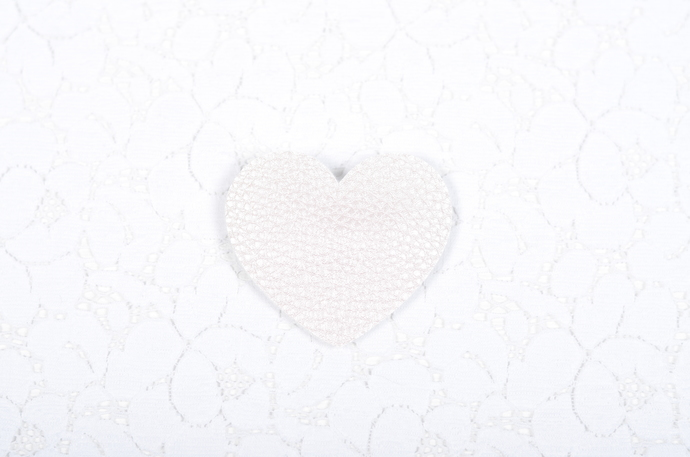 XOXO Collection - Heart Snap Clip - Pearlescent Soft Pink