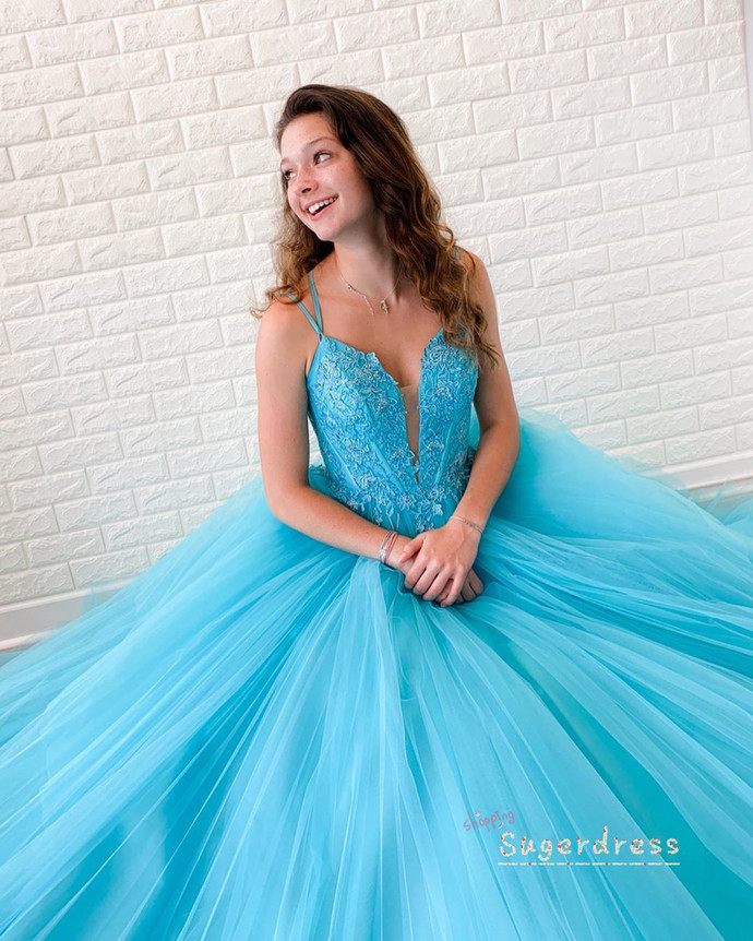 Lace-Up Tiered Ball Gown with Lace Appliques 8002146