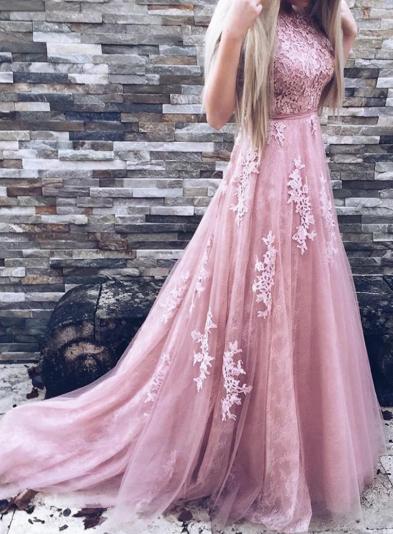 A-Line/Princess Beautiful Sleeveless Tulle Prom Dresses