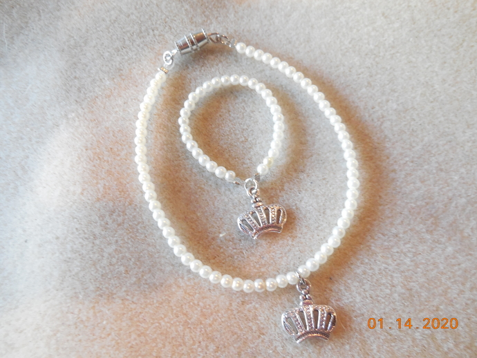 """Pearl Bead with Crown Charm Necklace and Bracelet Set for 18"""" Doll"""