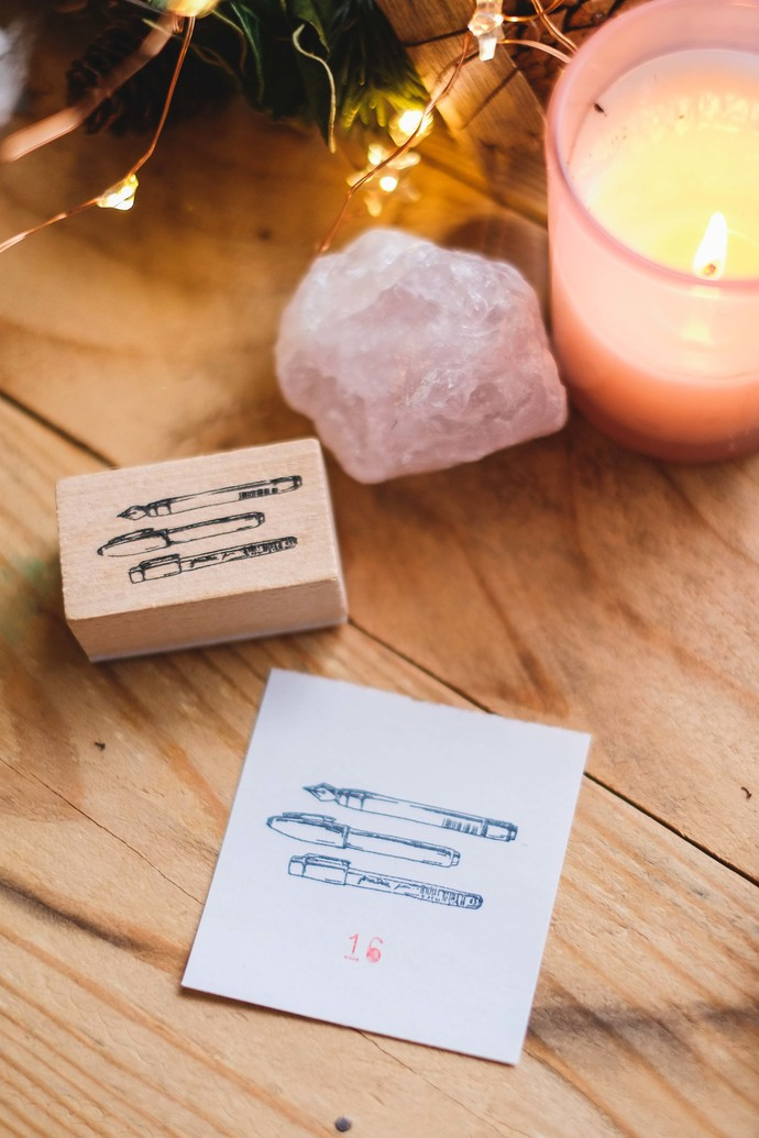 London Gifties design wooden rubber stamp - Three Little Pens - 5 x 3 cm