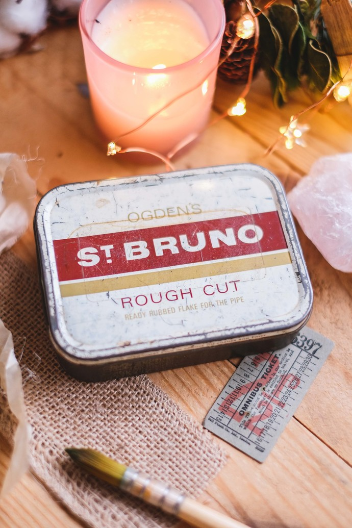 Exclusive handmade watercolour set in a vintage tin - Ogden's St. Bruno - 14