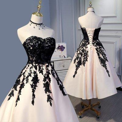 Elegant Strapless Black Lace Tulle Short Homecoming Dress