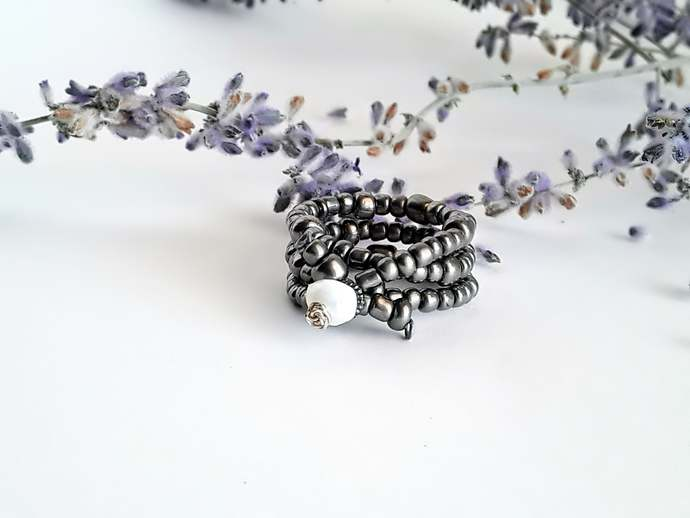 Statement Midi Ring,Gunmetal Beaded Wire Wrapped Ring,Unique Pearl Ring,Handmade
