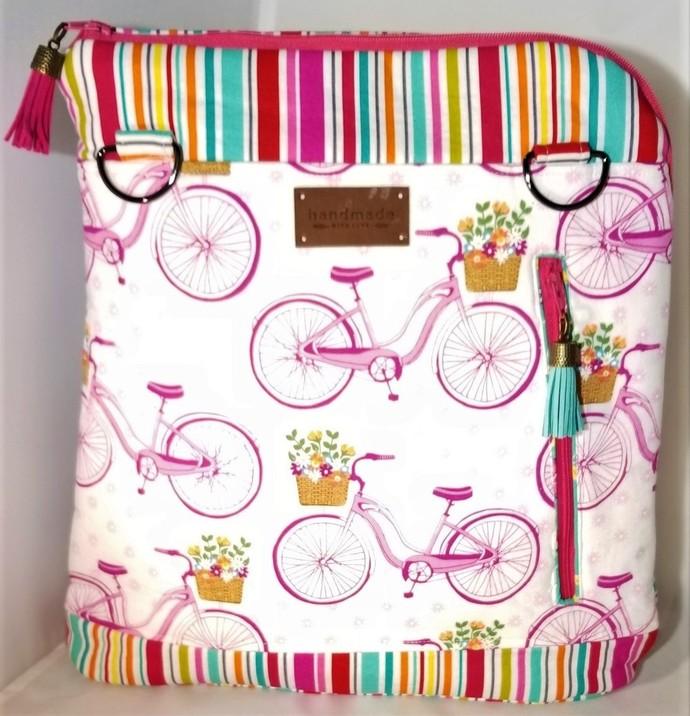 Biking Around Paris Combo Shoulder Bag/Backpack