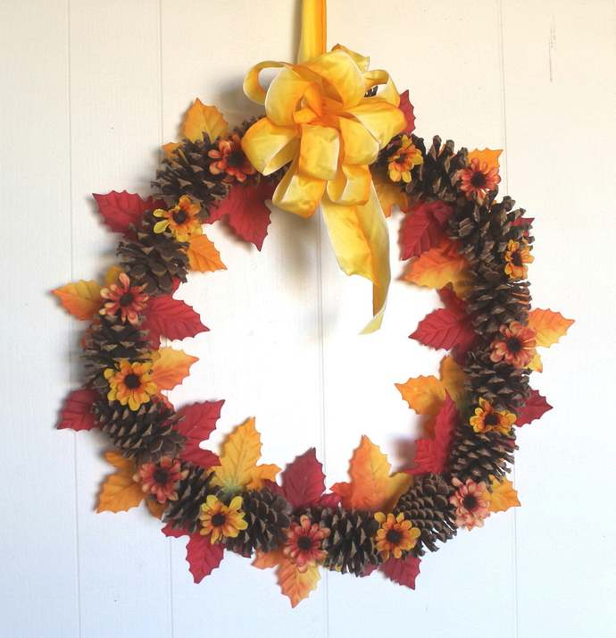 Organic Ponderosa Pinecones with Maple leaves and Asters Wreath Autumn Harvest