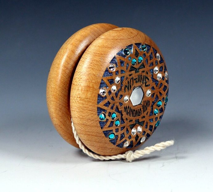 """Vintage Tom Kuhn Jeweled No-Jive """"Snowflake"""" Mandala Yo-Yo"""