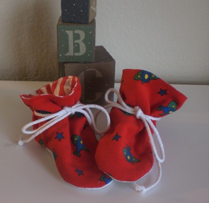 Airplane corduroy baby tv booties/soft sole shoes SIZE MEDIUM