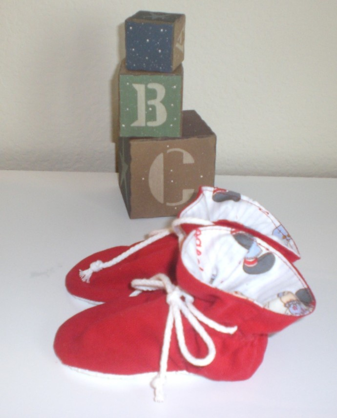 Red corduroy babyTV  booties/soft sole shoes SIZE MEDIUM