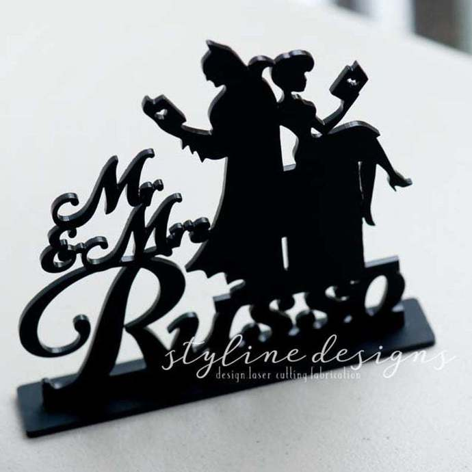 Humor Couple Reading Book Cake Topper