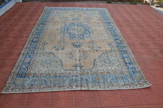 Turkish Area Rug, Tapis Berber, Oriental Rug, Vintage Turkey Rug, Handmade