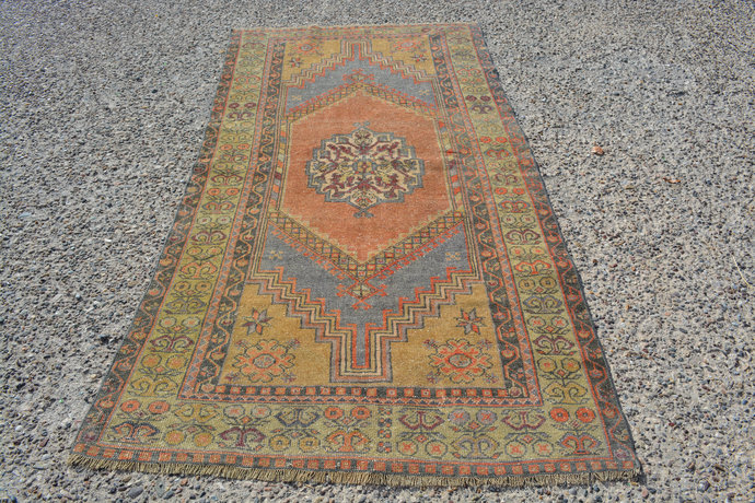 Vintage Rug, Oushak Turkish Kilim Rug, Distressed Rugs, Pastel Oushak Rug,