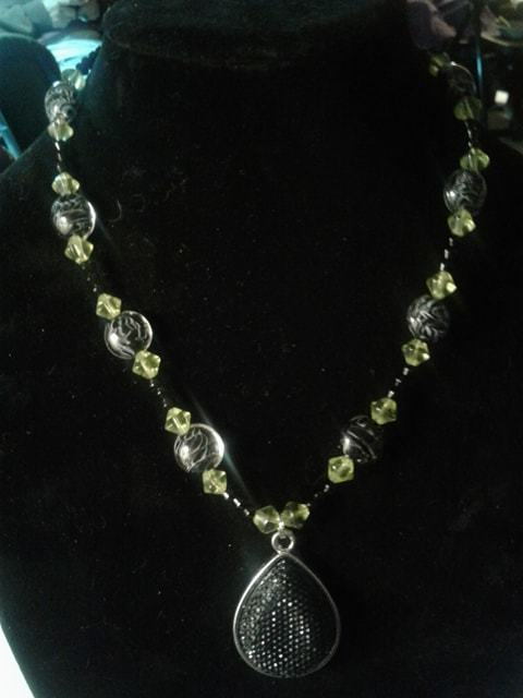 Handmade Lamp Work Glass Bead Necklace
