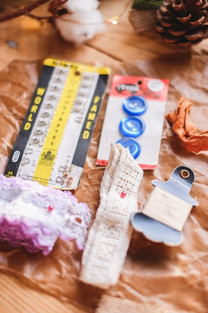 Vintage English sewing bundle - thread, buttons, lace & more