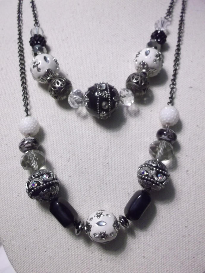 Black and white two stranded baubly beads necklace