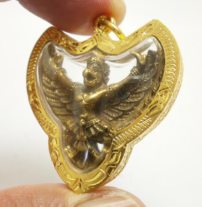 Phaya Krut Garuda magic Eagle bird Thai brass amulet pendant blessed strong life