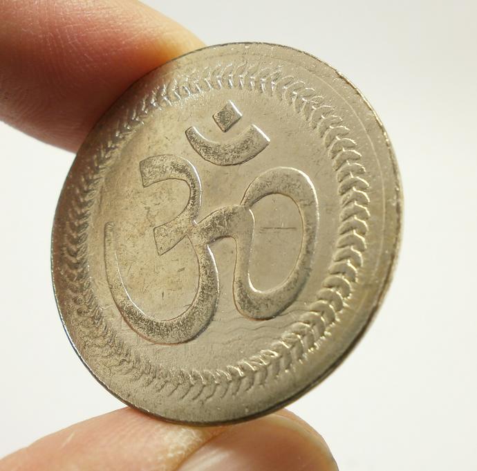 Lakshmi Ganesh Om Coin blessed 1980s energized amulet Laxmi Goddess of Wealth