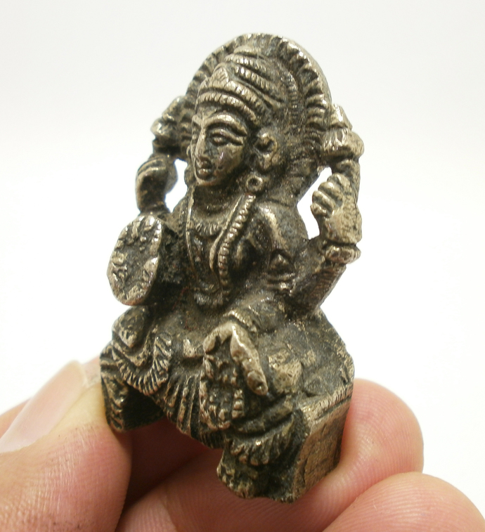 Maa Laxmi mini metal statue figurine amulet blessed 1980s Lakshmi Devi Hindu