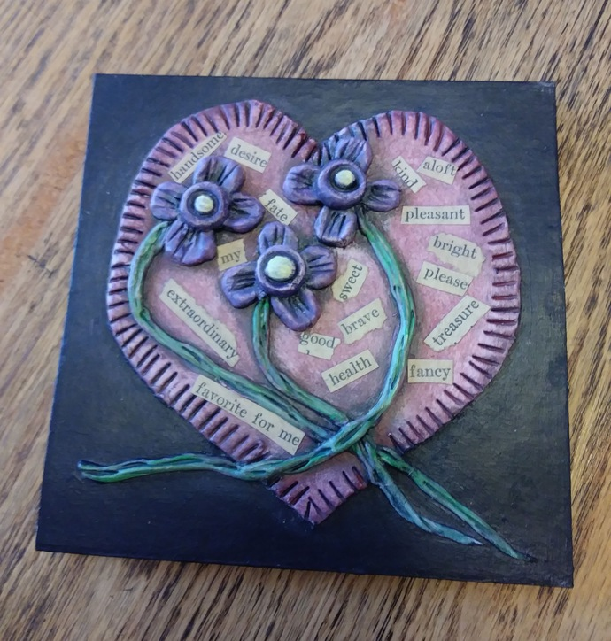 5 x 5 Accordion Book - 3D cover with pink heart and small purple flowers. 10