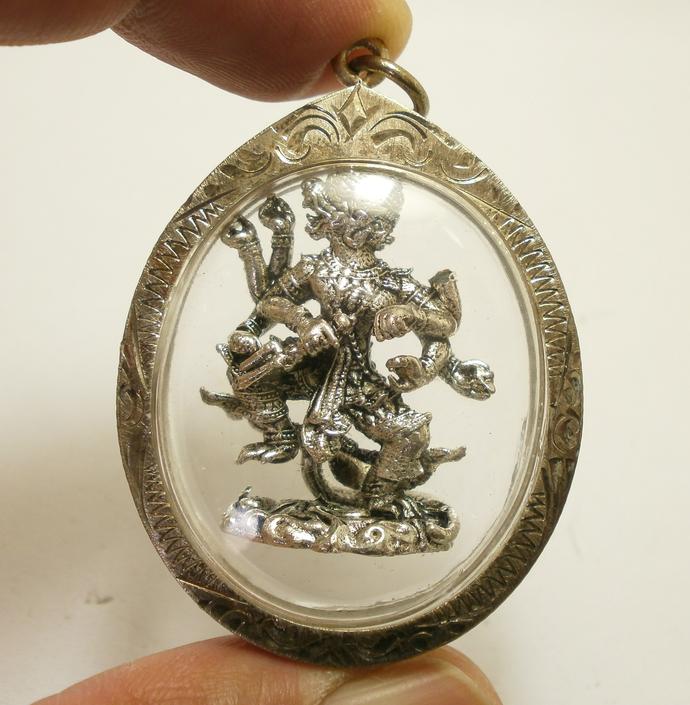 Lord Hanuman 8 arms Thai Pendant amulet monkey king muaythai muay magic mantra