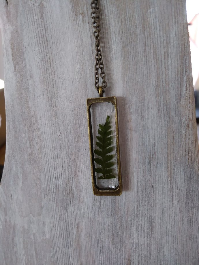 Leaf resin necklace - sweet little Fern preserved in resin