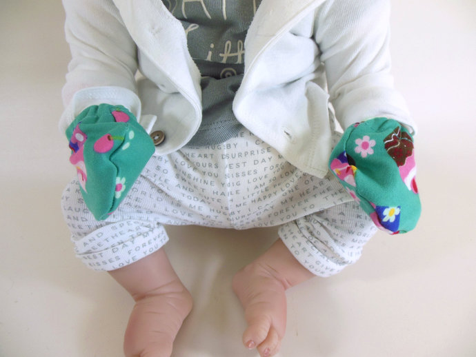 Swaddle Sack, Sleep Sack, Cocoon, Blanket & Scratch Mittens in Cupcakes