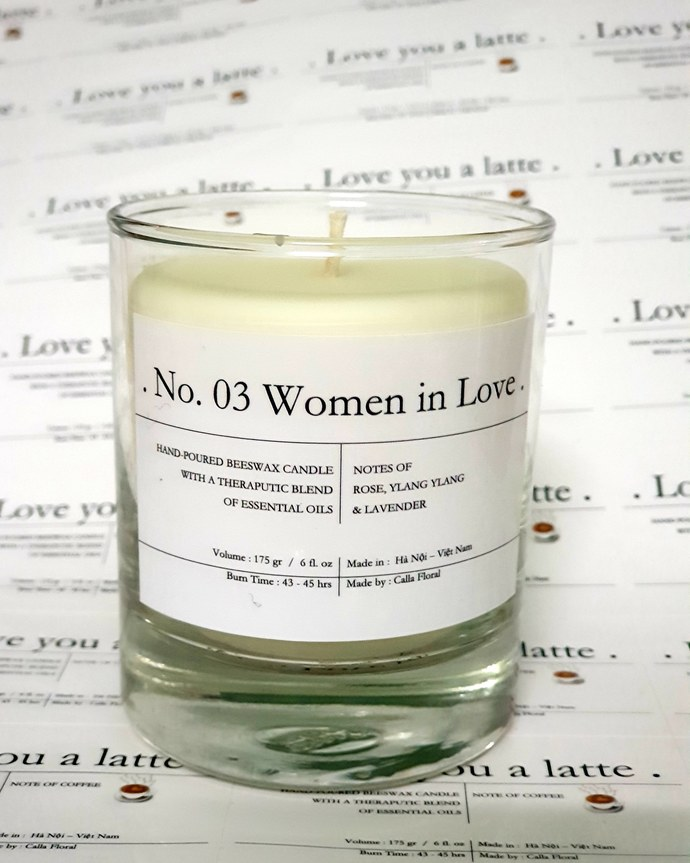 No 03: Women in love - Scented candles filled with beeswax and therapeutic-grade