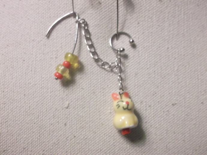 Critter/animal earring, ear cuff combo in yellow with red and yellow beads
