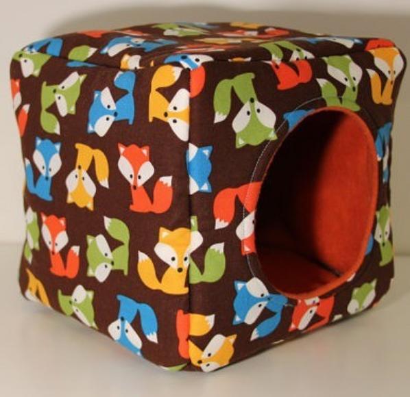 Standard Reinforced Guinea Pig, Hedgehog, Kitten and Rat Cube - Multicolour
