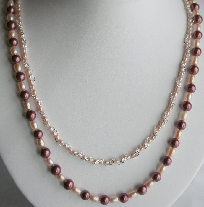 Dark Red and Cream Freshwater Pearl and Shell Pearl Necklace