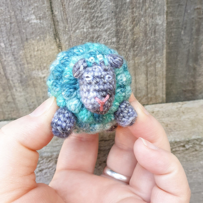 DEMO STOCK SALE - Yarnie the Mini Sheep