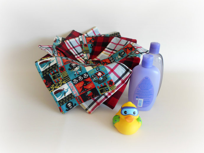 2 Ply Pirates & Plaid Flannel Cloth Wipes, Pirate Washcloths, Pirate and Plaid