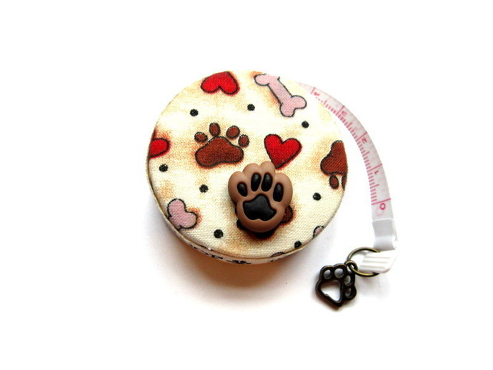 Small Measuring Tape Dog Bones Paws and Hearts Retractable Tape Measure