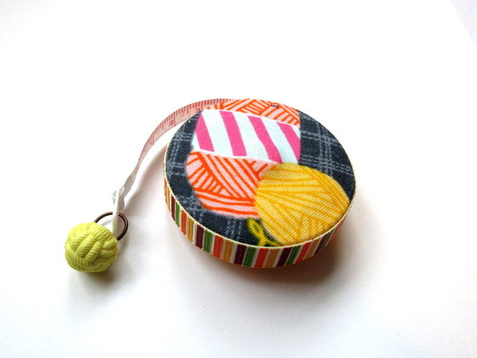 Retractable Tape Measure Yarn Balls and Skeins Small Measuring Tape