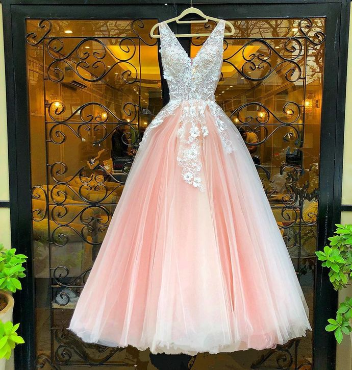 Pink Prom Dress,Tulle Prom Gown,Appliques Evening Dress,V-Neck Prom Gown 0145