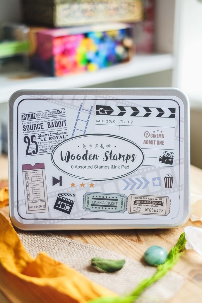 Fun & Joy wooden stamp set in a tin - Movie - set of rubber stamps & ink pad