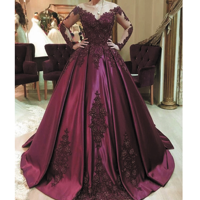 Burgundy prom dresses ball gown long sleeve lace appliqué elegant vintage beaded