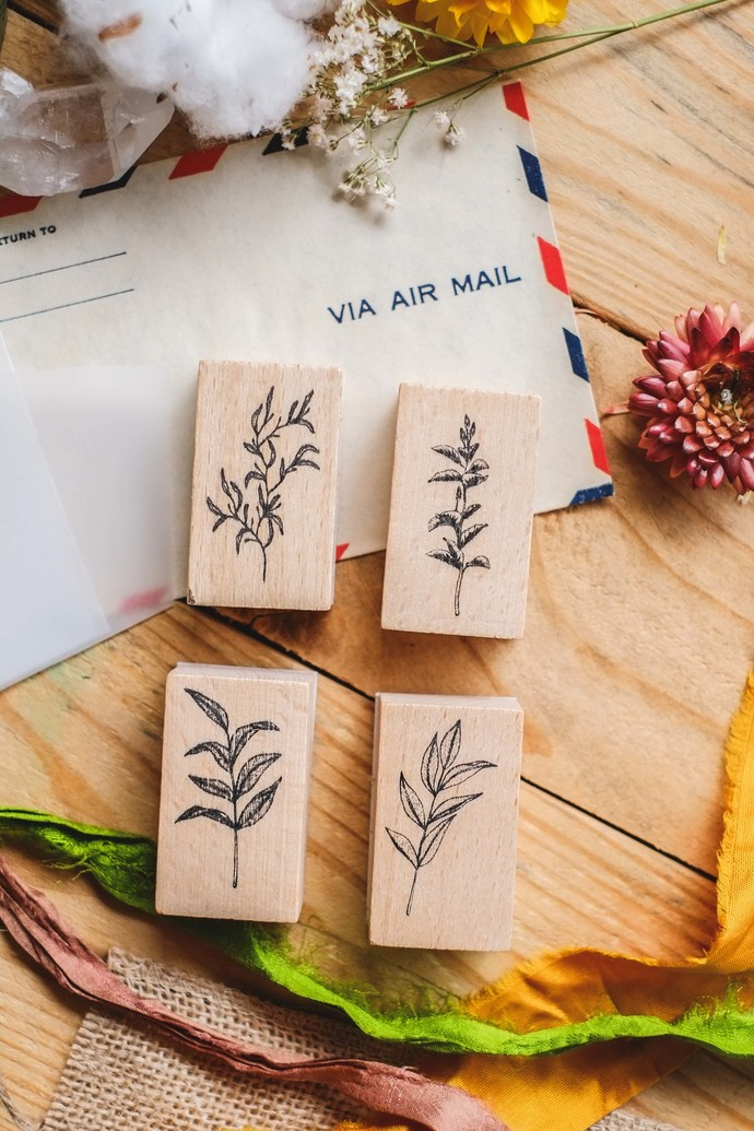 London Gifties design wooden rubber stamps - Botanical Leaves - 5 x 3 cm