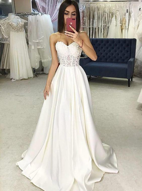 off white wedding dresses boho simple lace appliqué elegant sweetheart neck