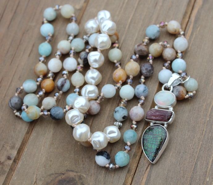 Glam Bohemian Hand knot Beaded Gemstone Necklace with Pendant Neutrals by