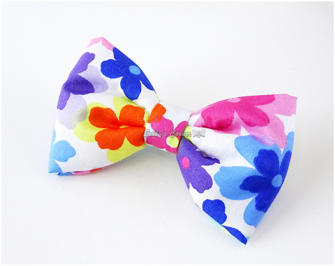 Flower Power Bow Tie, Pet Fashion, Photo Props, Bowties for Cats, Floral Print