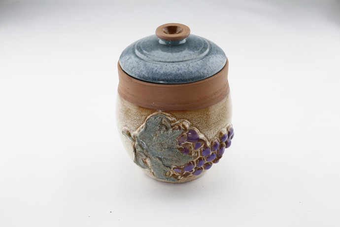 Grape-Decorated Pulses Vessel