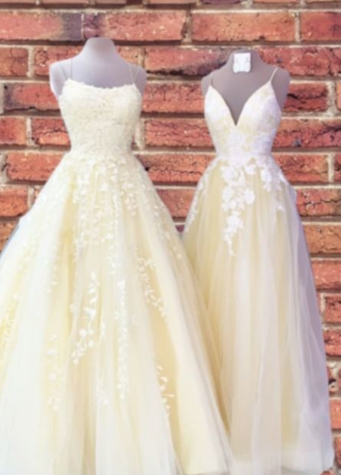 yellow prom dresses 2020 floor  with lace appliques and spaghetti straps